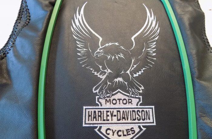 Logo op (leren)jas